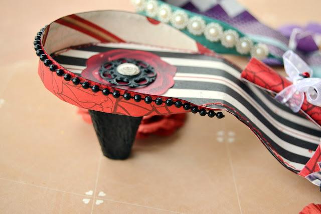 Land of Wonder_Shoes (Card Holders)_Denise_07 Oct 03