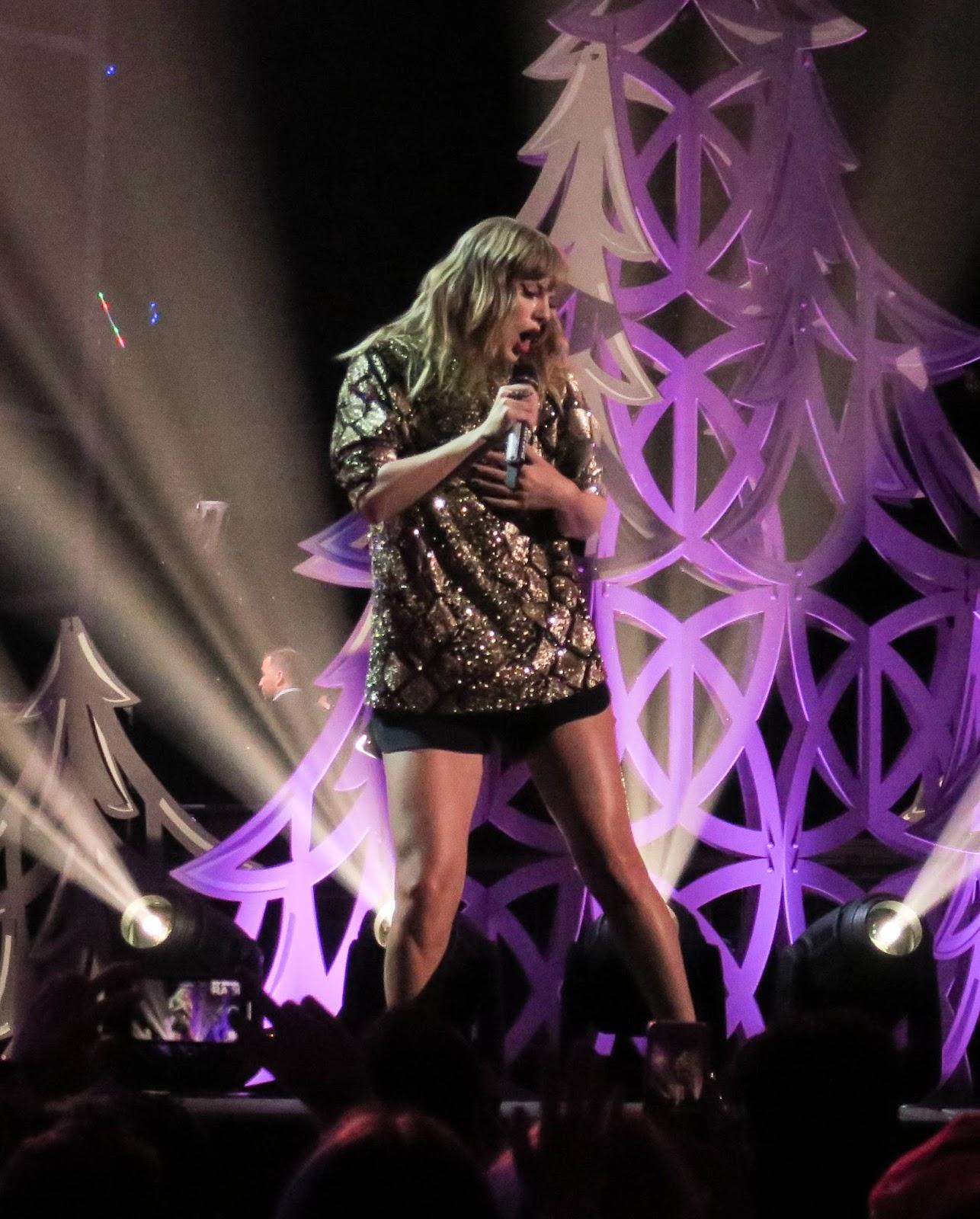 Taylor Swift Performing at 102.7 KIIS FM's Jingle Ball 2017