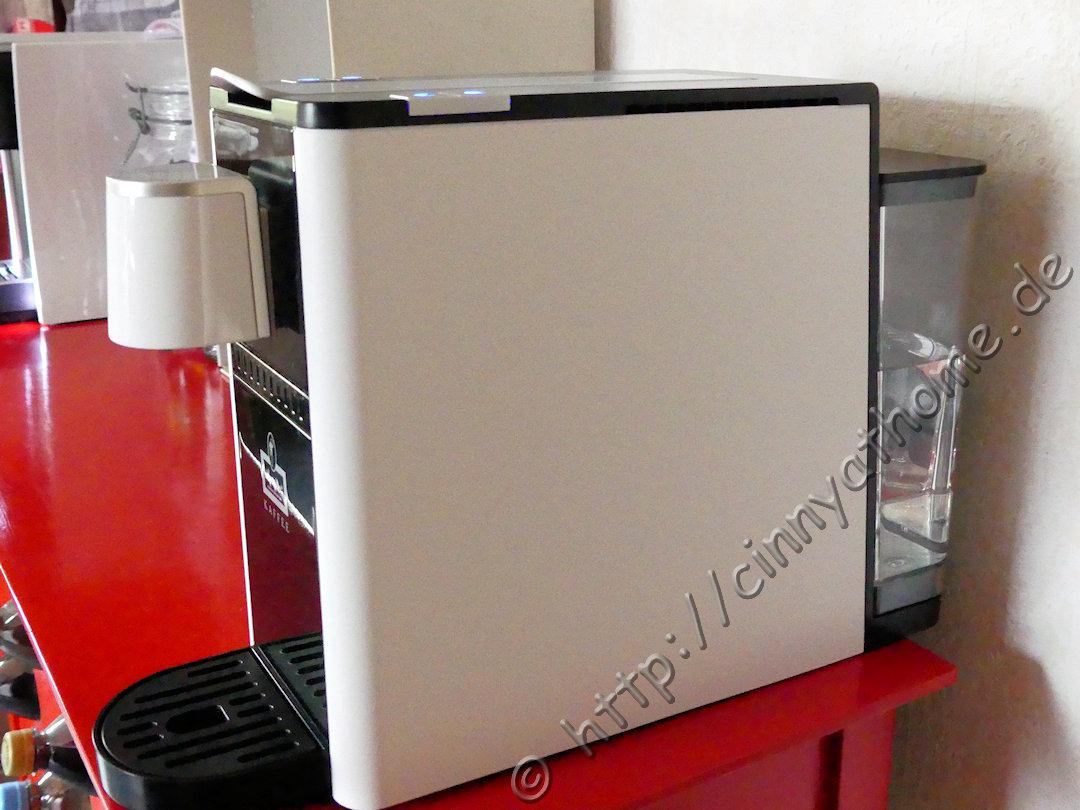 cinny home meine neue kaffeemaschine mit einem innovativem milchschaumsystem leysieffer. Black Bedroom Furniture Sets. Home Design Ideas