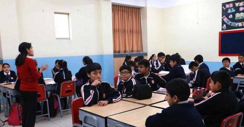 Gobiernos regionales descontarán a docentes que no dicten clases, informó el presidente de la ANGR, Luis Valdez