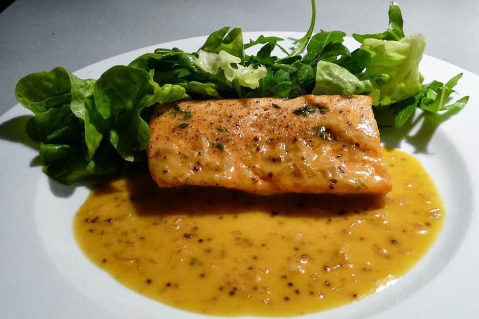 Soße Für Fisch : kulinarische welten zu fisch und meeresfrucht lachs an orangen senf sauce ~ Orissabook.com Haus und Dekorationen
