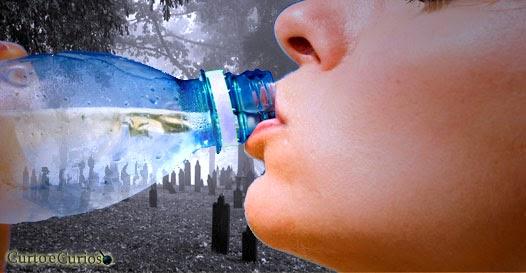 tomar muita água pode matar