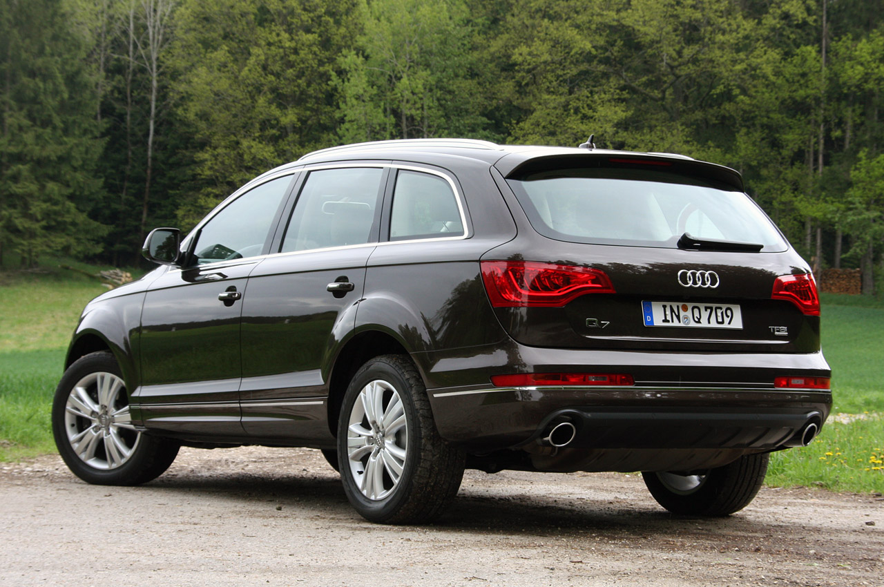 2014 audi q7. Black Bedroom Furniture Sets. Home Design Ideas