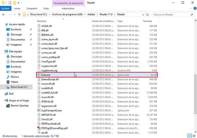 Adobe Reader se cierra solo