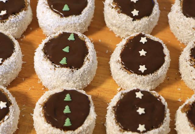 Šubarice-Kremast-kolač-sa-kokosom-Ruske kape
