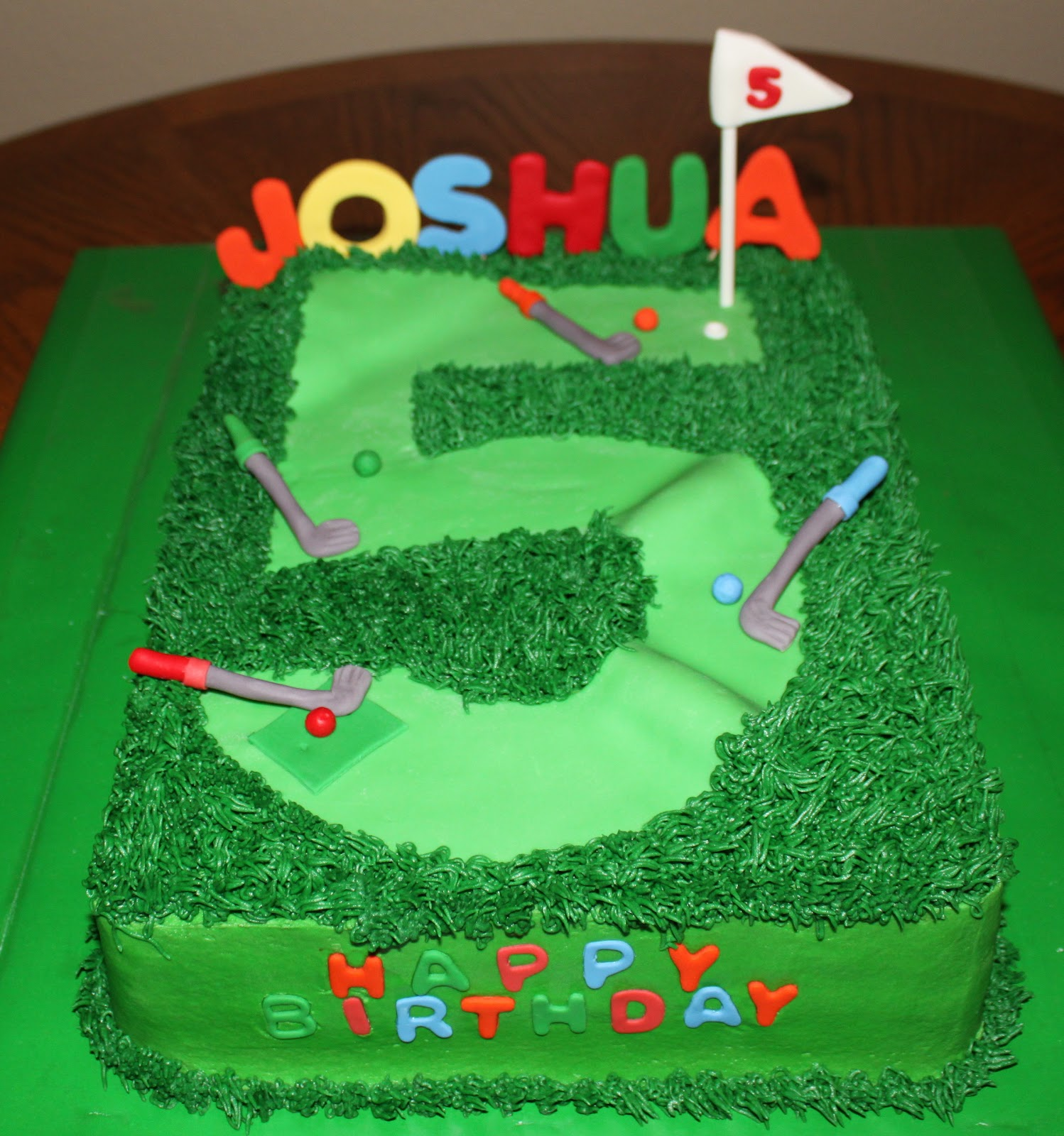 A Little Bite Of Heaven Putt Putt Cake