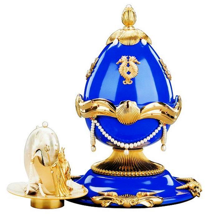 Foto de um Ovo de Fabergé - Poseidon e Tema do Mar