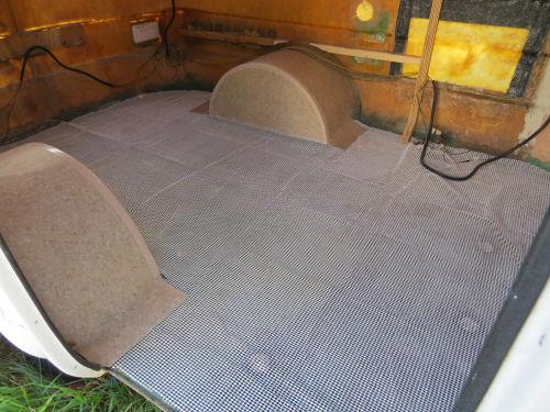rug pad on trailer floor