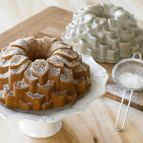 Maryland Pink And Green Beautiful Easy Bundt Cake