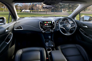 Holden Astra Sedan (2017) Dashboard