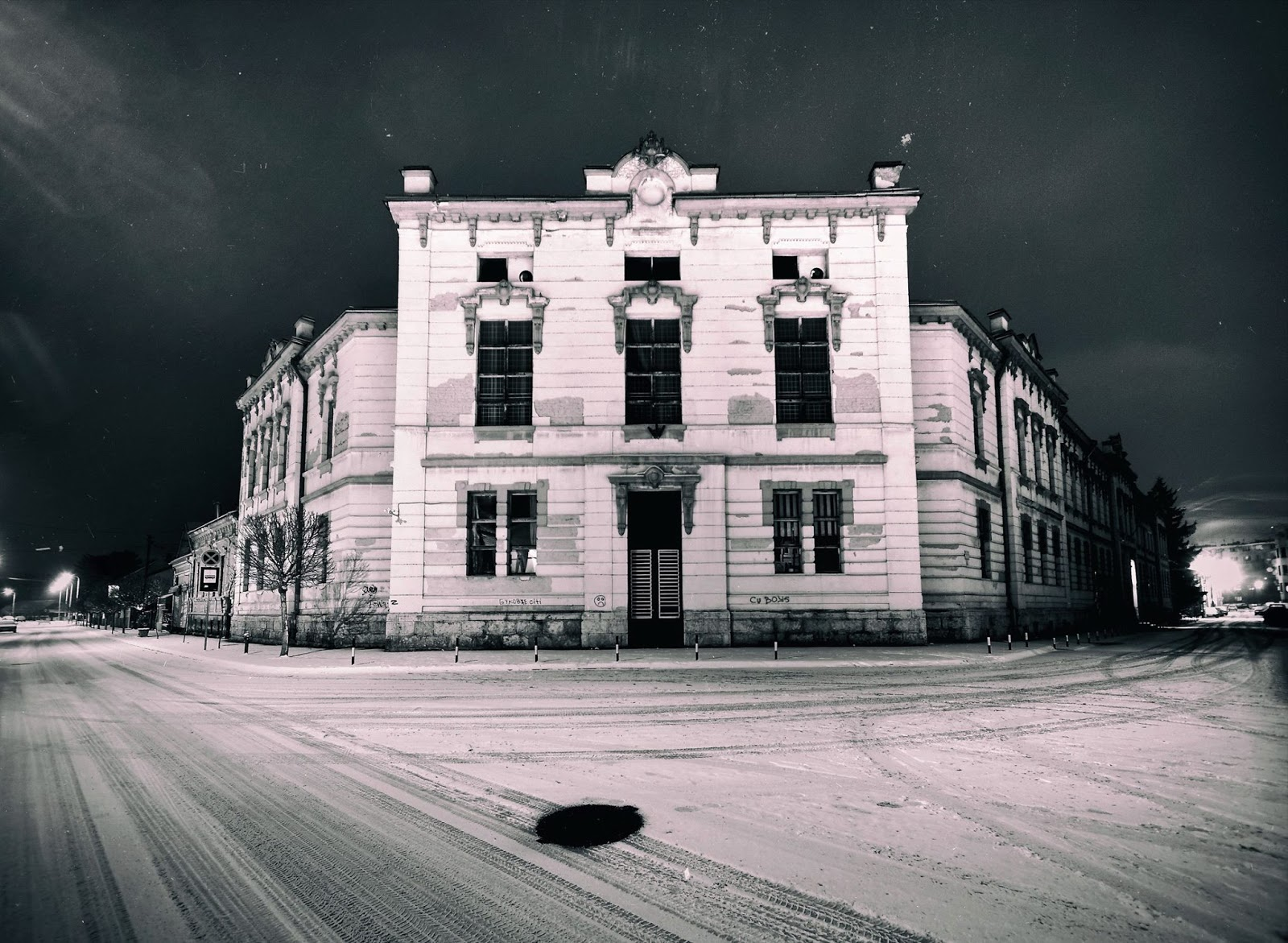 "<img src  Winter CityScape.jpg"" lt="" http://dailytravelexperience.blogspot.rs/"" />"