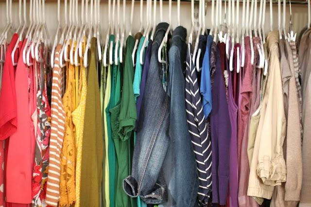 guarda-roupa sustentável