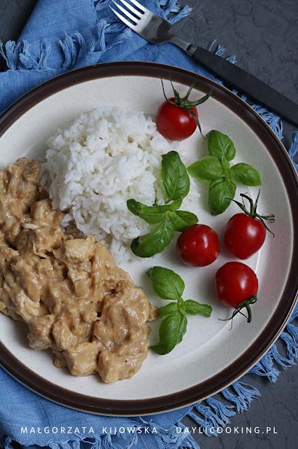 kurczak z masłem orzechowym, błyskawiczny obiad z kurczakiem, szybkie danie obiadowe, co na obiad, daylicooking