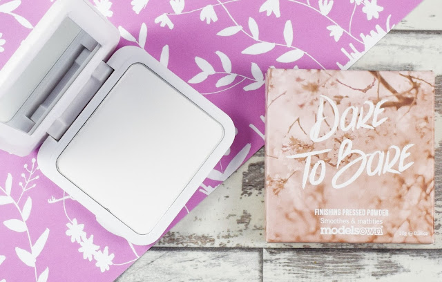 Models Own Dare To Bare Finishing Pressed Powder