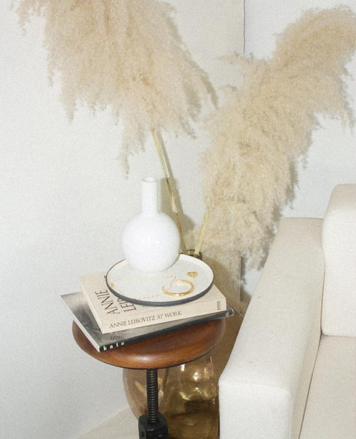 Monotone Beige + Cream Decor | Interiors | Allegory of Vanity