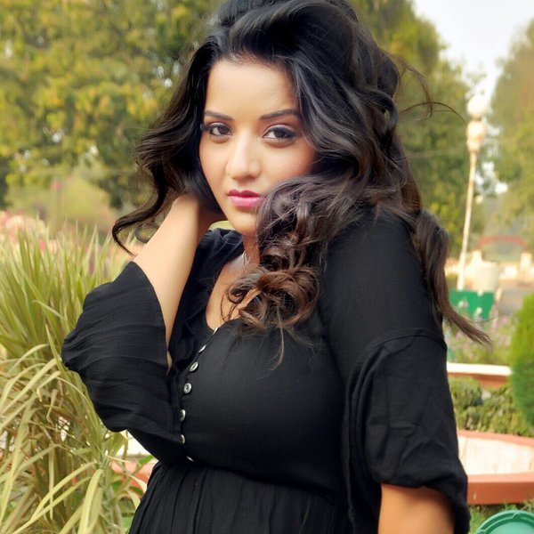 Bhojpuri Actress Monalisa Height, Weight, Age, Husband, Affairs & More, TV and film actress Monalisa Serial, Character Name, Photo, wallpaper