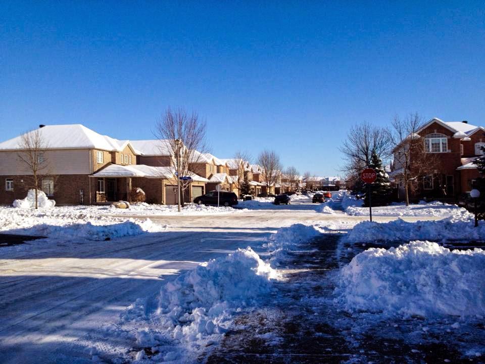 Neve na rua do Canada