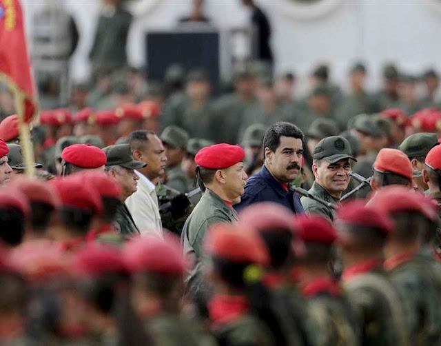 Maduro pediu às Forças Armadas 'defender a pátria' contra a 'burguesia capitalista' que ganhou o Legislativo.