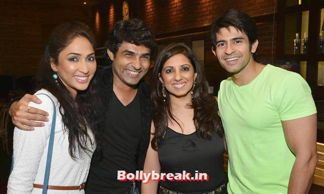 A fun evening for moms and kids hosted by Munisha Khatwani, Mazhar and Barkha Bisht, to celebrate Easter over dinner and cocktails at Yum Cha Vie, Crystal, Mouli & Mouni  at Easter Celebrations