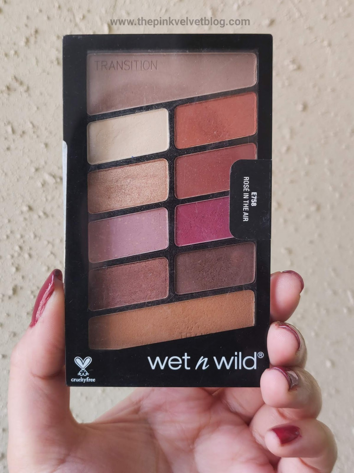 Top 5 Eyeshadow Palettes in India under Rs.1000/- and their Swatches - Wet n Wild Rose in the Air