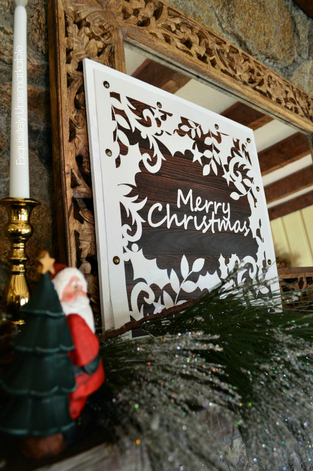 Wooden Christmas Sign From Gift Bag DIY