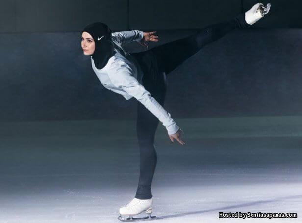 Zahra+Lari+Nike+Pro+Hijab