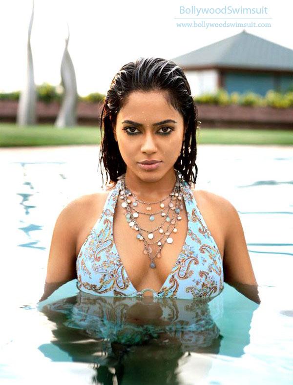 Bollywood Hot Actress In Bikini Bollywood Actress in Bikini Pics 70