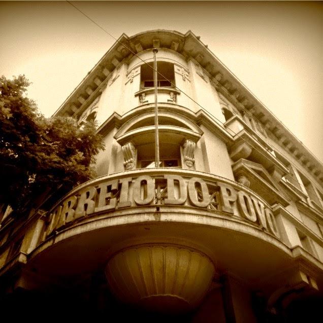 Prédio do Correio do Povo, em Porto Alegre: O Primeiro Jornal do RS