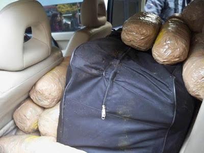 Άγρια καταδίωξη σε ΙΧ φορτωμένο με χασίς