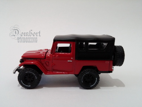 Diecast Johnny Lightning Toyota Land Cruiser