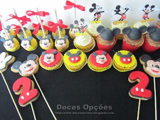 O Mickey no segundo aniversário do Guilherme