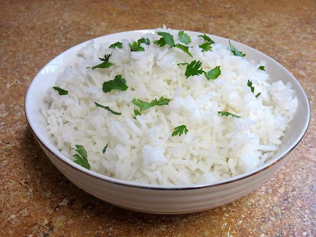 هل الرز الابيض صحى أم لا وهل يناسب الدايت