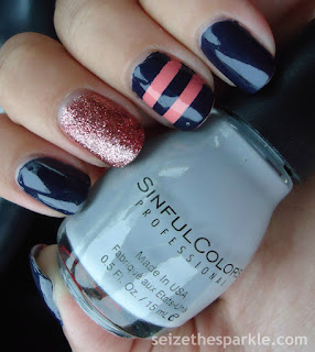Striped Accent Mani