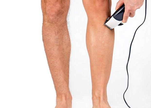 Ναι στους άντρες με ξυρισμένα πόδια - δορυφόρος 4de294404c0