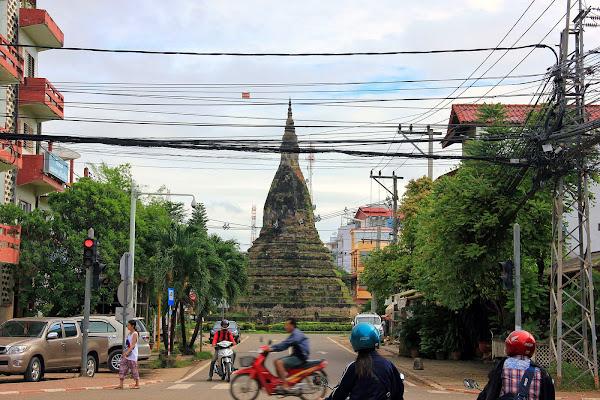 That Dam - Vientiane - Laos