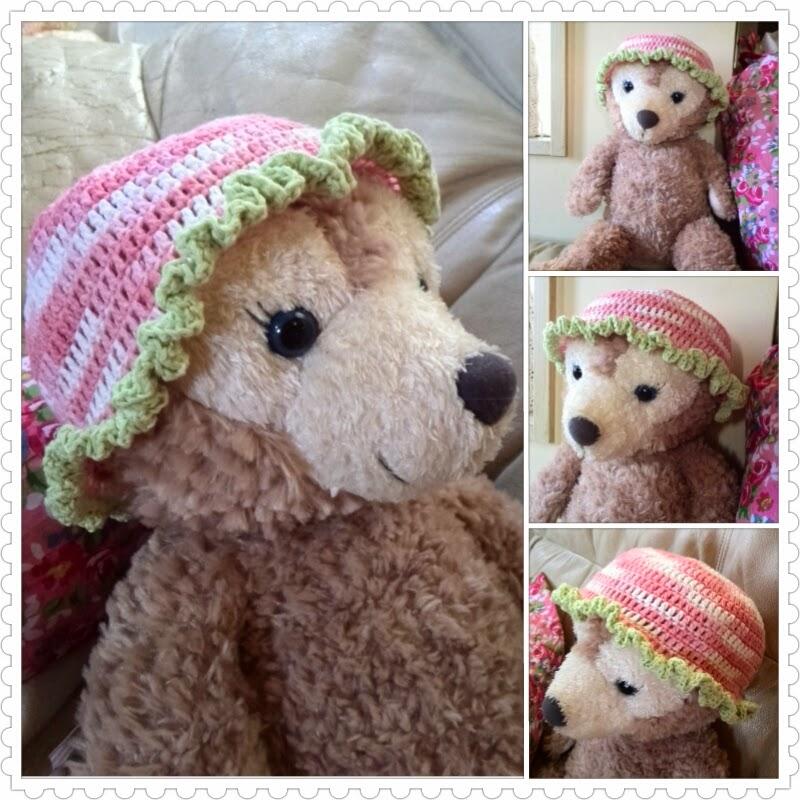 長編みだけで編める新生児用カギ針編みの帽子