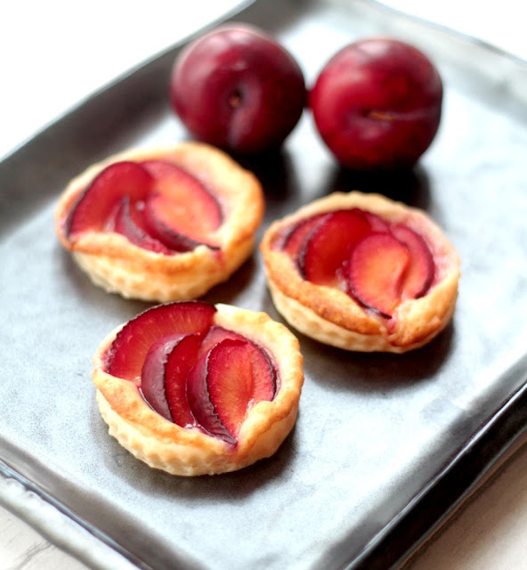 3 ingredient plum tarts