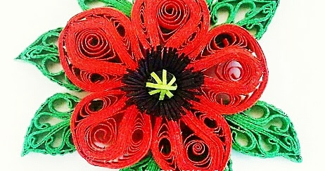 Flores en filigrana en papel / Flowers in quilling (by Pily Núñez)