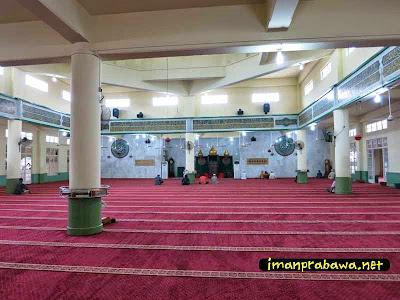 Bagian Dalam Mesjid Raya Tanjung Pinang