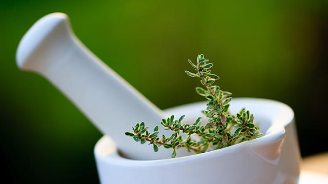 علاج اضطراب الدورة الدموية بالأعشاب
