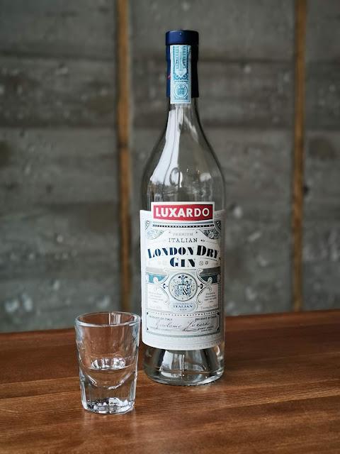gin,pas-cher,saq,petit-prix,3-meilleurs-gins,rapport-qualite-prix,gin-luxardo,pourvoyeur,madame-gin