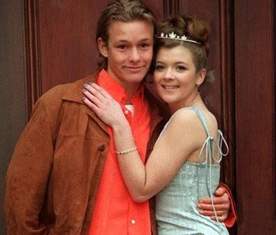 Who is nick dating on coronation street