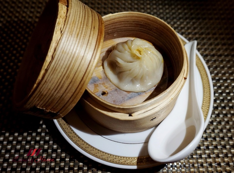xiao long bao soup bun with shanghai crab
