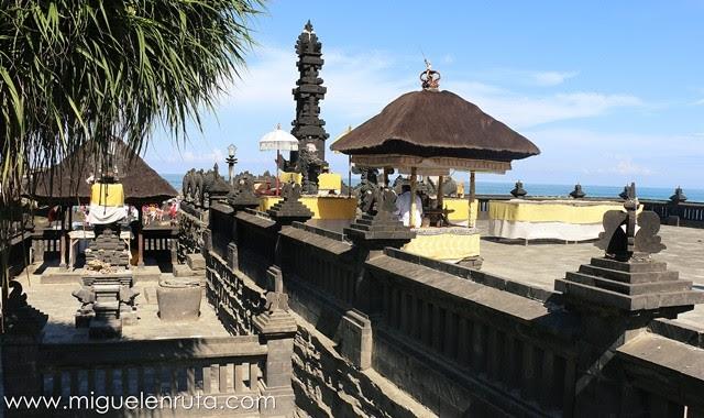 Templos-costa-oeste-Bali