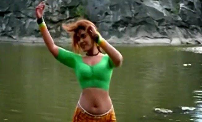 Latest Actress Hot Sexy Images: Hot Old Actress Silk