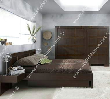 Deep cappuccino modern bedroom furniture set with soft frieze carpet