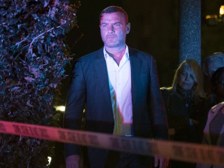 Ray Donovan - Episode 5.09 - Mister Lucky - Promo, Sneak Peeks, Promotional Photos & Synopsis