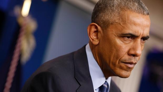 O presidente Barack Obama, na quinta-feira, ordenou a expulsão de 35 diplomatas russos como parte de uma série de medidas para punir o país por sua suposta interferência nas eleições presidenciais