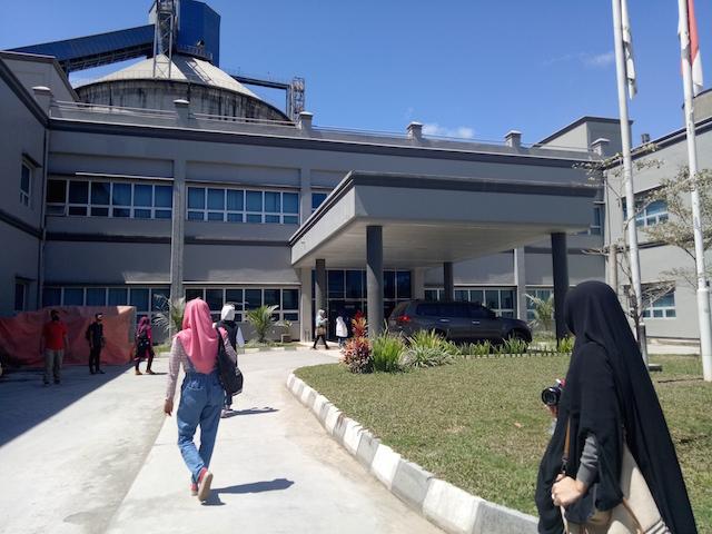 Serunya Media Gathering & Plant Visit BOSOWA Yanikmatilah Saja