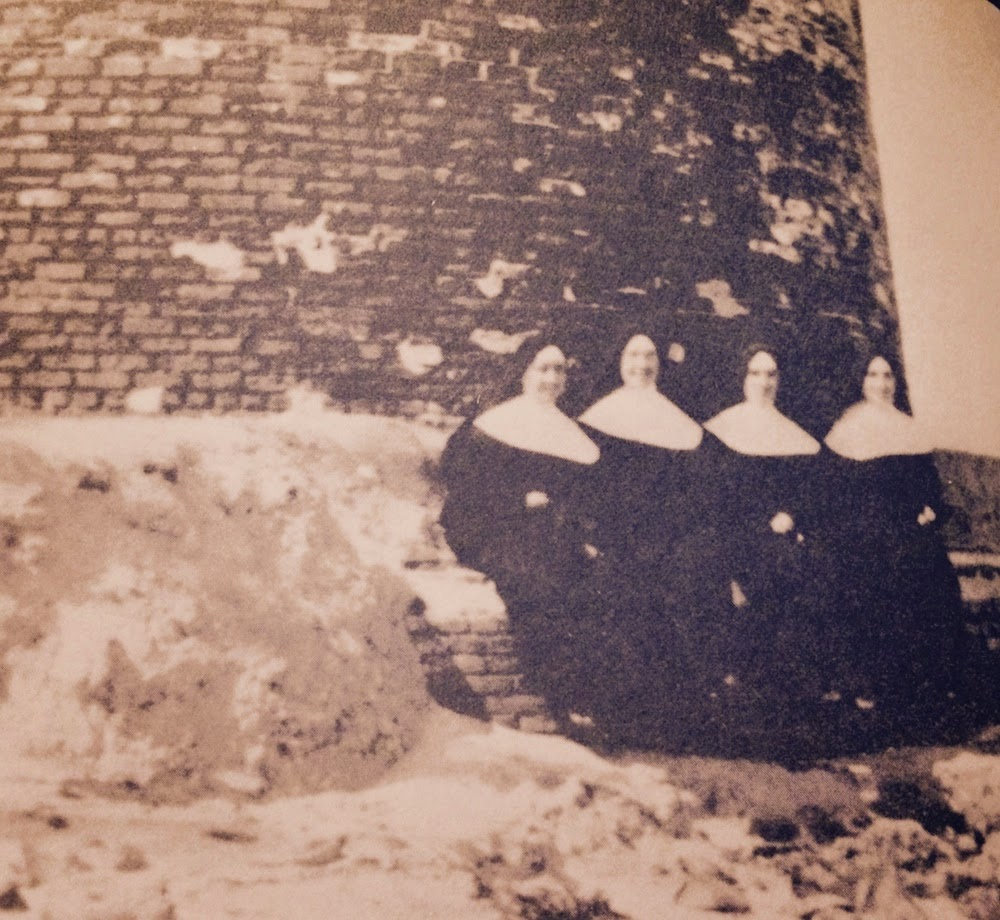 "Historic photo of Sisters of St. Joseph from the book ""Miami 1909"""